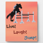 ¡Vivo! ¡Risa! ¡Salto! Caballo ecuestre Placa De Plastico