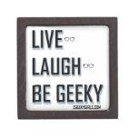 Vivo, risa, sea (2) Geeky Caja De Recuerdo De Calidad