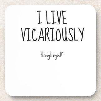 Vivo vicariously.jpg posavasos de bebidas