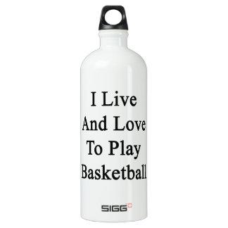 Vivo y amo jugar a baloncesto