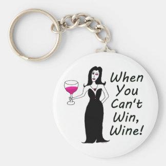 Vixen del vino simplemente travieso cuando usted llavero redondo tipo pin