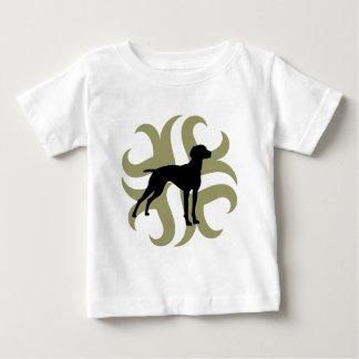 Vizsla Dog Tribal (green and black) T-shirt