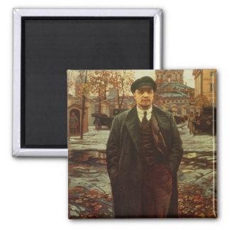 Vladimir Ilyich Lenin en Smolny, c.1925 Imán Cuadrado