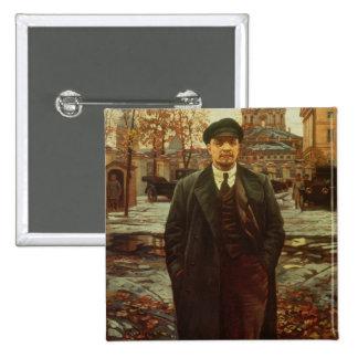 Vladimir Ilyich Lenin en Smolny, c.1925 Pin Cuadrado