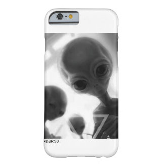 VNDERFIFTY ALIEN FRIENDS BARELY THERE iPhone 6 CASE