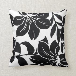 Voguish Black 'n' White Mojo Beauty Pillow Edition