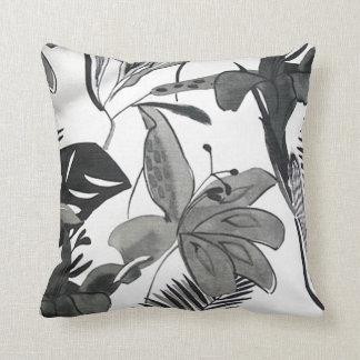 Voguish Black 'n' White Throw Pillow