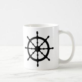 volante de la nave del capitán taza básica blanca