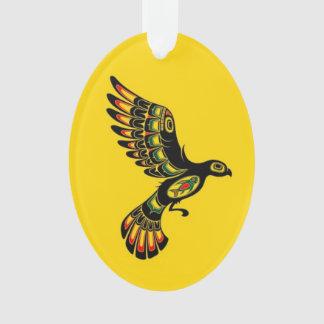 Volar el pájaro rojo y negro del alcohol del Haida
