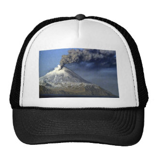 Volcán de Kanaga, isla de Kanaga, Aleutians Gorros