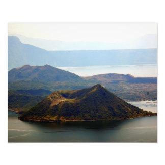 """Volcán de Taal en Tagaytay Ridge 20"""""""" impresión de Foto"""