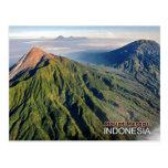 Volcán del monte Merapi en Indonesia Postales