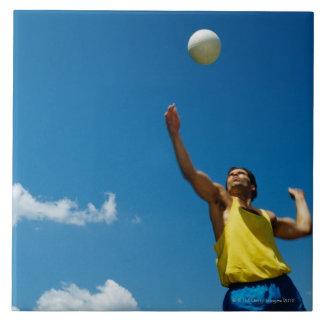 Voleibol de la porción del hombre azulejo cuadrado grande