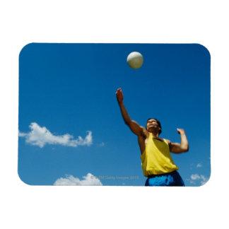 Voleibol de la porción del hombre iman de vinilo