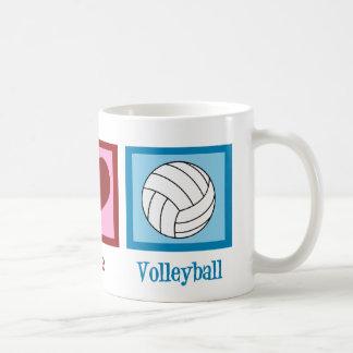 Voleibol del amor de la paz taza