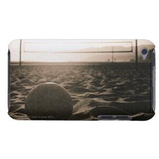 Voleibol en la arena iPod touch Case-Mate cobertura