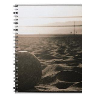Voleibol en la arena libro de apuntes con espiral