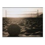 Voleibol en la arena tarjetas postales