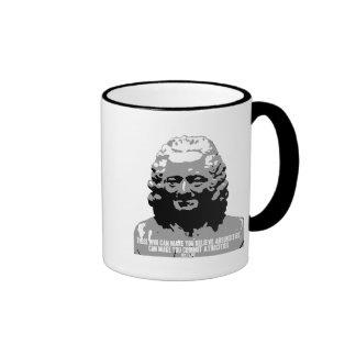 Voltaire - absurdidades taza de dos colores