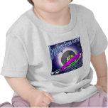 Voltios de saludos del dragón camiseta