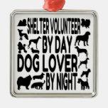 Voluntario del refugio del amante del perro adorno para reyes
