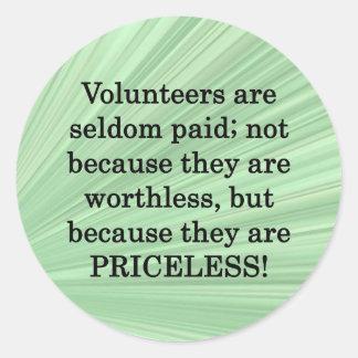 Voluntarios inestimables pegatina redonda