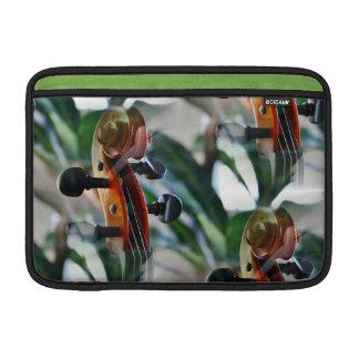 Voluta elegante del violín fundas para macbook air
