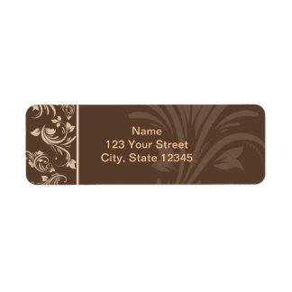 Voluta floral del chocolate y de la crema etiqueta de remitente