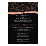 Volutas del melocotón e invitación del boda de la