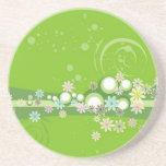 Volutas � flores sobre motivo verde - posavasos personalizados