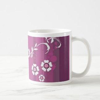 Volutes � flowers on reason fushia - coffee mug