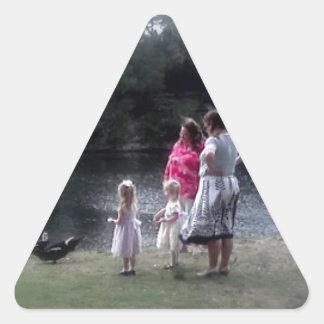 von Michelle y girls.jpg Pegatina De Trianguladas
