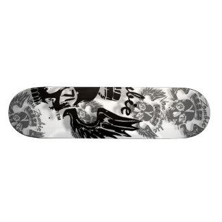 Von Zombie Trademark B : Skateboard