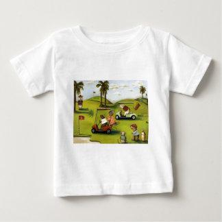 Vorágine 2 en el campo de golf playera de bebé