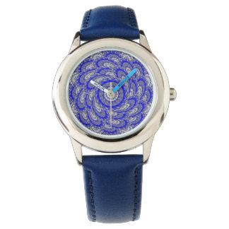 Vórtice espiral del caleidoscopio del reloj