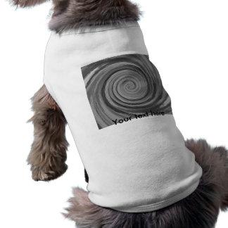 Vórtice que remolina blanco y negro al azar tejado playera sin mangas para perro