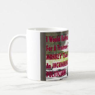 Votaría bastante por un mono entrenado taza de café