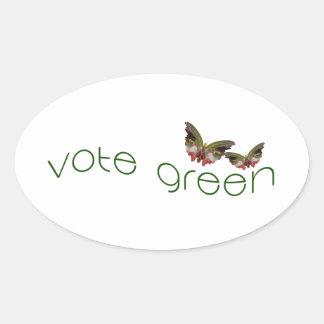 Vote con el logotipo verde de las mariposas en pegatina ovalada