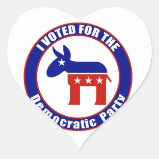 Voté por fiesta Democratic Pegatina En Forma De Corazón