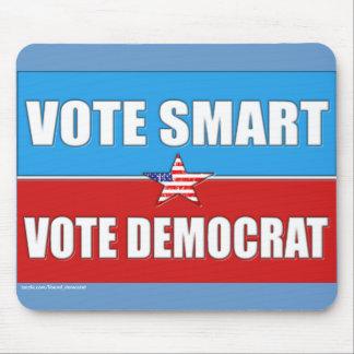 VOTE RIGHT, VOTE DEMOCRAT MOUSE PAD