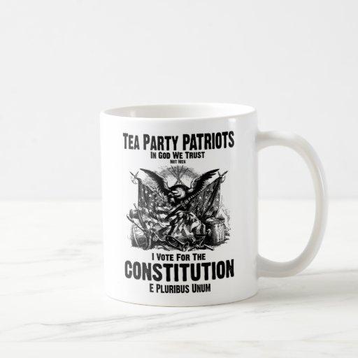 Voto la constitución taza clásica