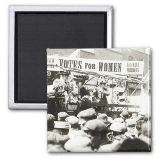 Votos para las mujeres, agosto de 1908 imán cuadrado