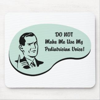Voz del pediatra tapetes de ratón