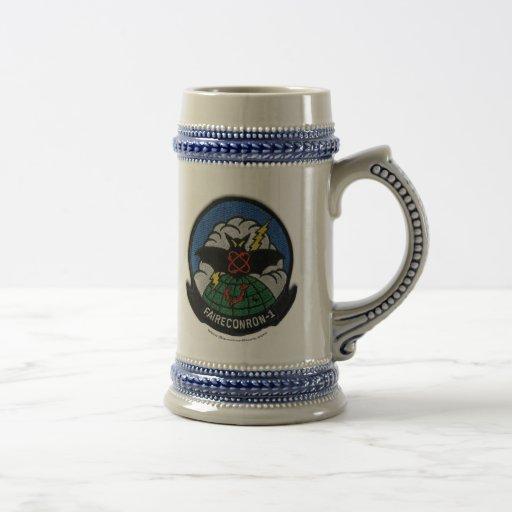 VQ-1 patch stein Mug