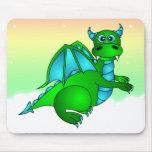 Vuelo crepuscular - dragón verde y azul lindo alfombrillas de ratones