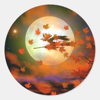 Vuelo de la bruja de Halloween Pegatina Redonda
