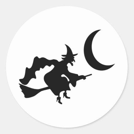 Vuelo de la bruja por la luna creciente pegatina redonda