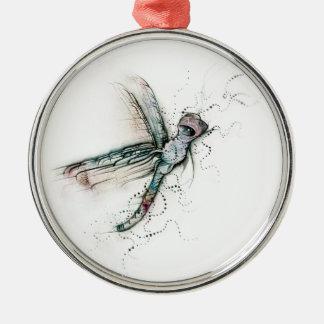 Vuelo de la libélula adorno redondo plateado