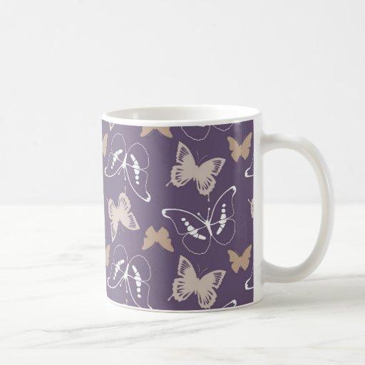Vuelo de mariposas taza básica blanca