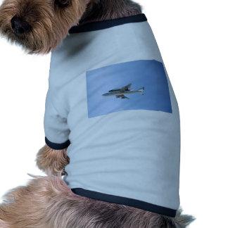 Vuelo del final de los esfuerzos camisas de perritos